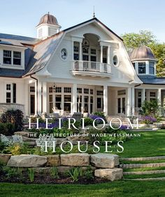 Southern Style Homes, Shingle Style Homes, Georgian Style Homes, Georgian House, Romantic Cottage, Architecture Details, Shingle Style Architecture, Southern Architecture, Pent House
