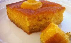 Υλικά Για 4-6 άτομαΓια την πορτοκαλόπιτα4 μεσαία πορτοκάλια ξεφλουδισμένα και πολτοποιημένα4 αυγά150 γραμμάρια ζάχαρη250 γραμμάρια σιμιγδάλι ψιλό200 γραμμάρια καλαμποκέλαιο ή ηλιέλαιοη1 φακελάκι μπέικιν...