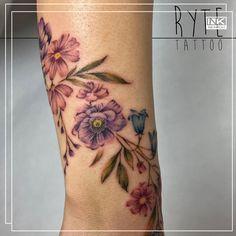 Best tattoos and artists from around the world. 🌷🌹🌺🌸🌼🌻 #color #colour #flowers #floral #tattoo #tatuaż #flower #kwiaty #poland #polska #kwiat #watercolor #tattooed #tattoo #floraltattoo #botanicaltattoo #flowertattoo #inkedwomen #tatuaż #polishflowers #polishtattooartist #wildflowers #colortattoo #delicatetattoo #bodyart #girlyink Maria Tattoo, Polish Tattoos, Delicate Tattoo, Tattoo Portfolio, Botanical Tattoo, Color Tattoo, Amazing Flowers, Wildflowers, Flower Tattoos