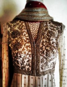 French Curve by Anjali Sharma Info & Review | Bridal Wear in Bangalore | Wedmegood