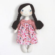 Dido Dede dolls Disney Characters, Fictional Characters, Snow White, Dolls, Disney Princess, Kids, Puppet, For Kids, Sleeping Beauty