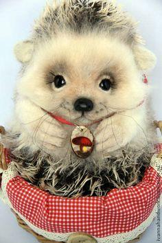 Игрушка из шерсти Ёжик Игель. Handmade. Stuffed Animals, Plush Animals, Wet Felting, Needle Felting, Happy Hedgehog, Woodland Critters, Felting Tutorials, Flower Fairies, Cute Toys