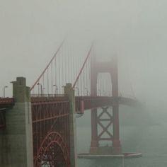 San Francisco, CA.  Golden Gate Bridge.