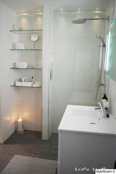 remodeling bathroom ideas diy is unconditionally important for your home. Whether you pick the remodel a bathroom or remodel a bathroom, you will make the best remodeling bathroom ideas diy for your own life. Wc Bathroom, Beach Bathrooms, Small Bathroom Storage, Bathroom Toilets, White Bathroom, Bathroom Ideas, Bad Inspiration, Bathroom Inspiration, Toilet Plan