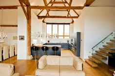 scheunenumbau wohnhaus offener wohnbereich mit küche