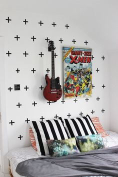BLACK DIY CROSS WASHI TAPE WALL ART TUTORIAL