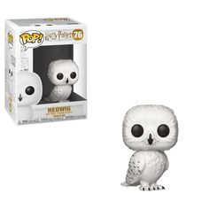 Questionably one of the most loyal characters in the Harry Potter series, Hedwig always stood by Harry's side! Add this Pop! Harry Potter- Hedwig Figure to your Harry Potter Funko collection today! Hedwig Harry Potter, Figurine Harry Potter, Magia Harry Potter, Objet Harry Potter, Theme Harry Potter, Harry Potter Facts, Funko Harry Potter, Harry Potter Dolls, Harry Potter Pop Figures