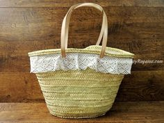 Capazo de palma con puntilla - 34 cm. Straw Bag, Baskets, Woman, Bags, Ideas, Palms, Handbags, Hampers, Taschen