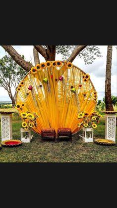 Casual Wedding Decor, Romantic Wedding Decor, Country Wedding Decorations, Backdrop Decorations, Backdrops, Traditional Wedding Decor, Haldi Ceremony, Indian Bridal Outfits, Wedding Looks