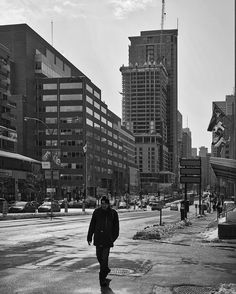 The Undesirables / Les indésirables Noir & Blanc 2017 Sony ILCE-7RM2 FE 35mm f1.4 ZA Photo #MarcGermain
