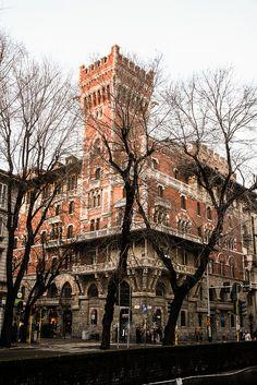   ♕   Castello Cova - Milan, Lombardy, Italy  ...