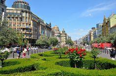 Prague : Wenceslas Square / Václavské náměstí  3/11 by Pantchoa, via Flickr