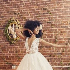 HAIR We love this natural afro bridal style Be you on your wedding day! Quirky Wedding, Unique Weddings, Luxury Wedding Venues, Marquee Wedding, Bridal Updo, London Wedding, Traditional Wedding, On Your Wedding Day, Bridal Style