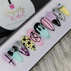 Pastel goth creepy cute nails Handpainted False Nails Fake Nails Press on Nails Stick on Nails Pastel Goth Nails, Pastel Goth Makeup, Grunge Nails, Faux Ongles Gel, Art Pastel, Gothic Nails, Stick On Nails, Nail Sizes, Super Nails