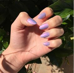 Have you discovered your nails lack of some fashionable nail art? Sure, lately, many girls personalize their nails with lovely … Cute Nails, Pretty Nails, Hair And Nails, My Nails, Garra, Holographic Nails, Cute Nail Designs, Beautiful Nail Art, Nail Inspo