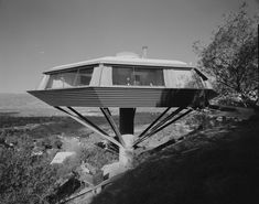 How the Space Age influenced Southland design and architecture | KCRW