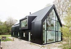 Selvbygget hus i Herlev | Funktionelt og skulpturelt | Bobedre.dk