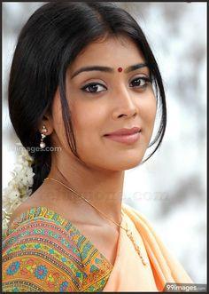 Shriya Saran Beautiful HD Photoshoot Stills - Beautiful Girl Indian, Most Beautiful Indian Actress, Beautiful Actresses, India Beauty, Asian Beauty, Girl Number For Friendship, Cute Beauty, Indian Beauty Saree, Pretty Face