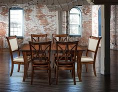 The Look Amish Can Dining Set