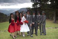 The wedding party by Shanavyre, via Flickr    Le côté gangster des uniforme masculin = excellent!