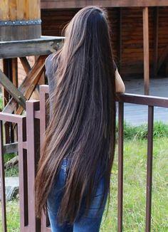 Long Silky Hair, Long Dark Hair, Long Hair Cuts, Beautiful Redhead, Beautiful Long Hair, Gorgeous Hair, Loose Hairstyles, Pretty Hairstyles, Shot Hair Styles