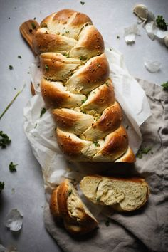 Garlic Challah Bread