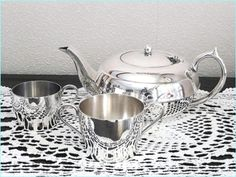 Everyday Teapot, Sugar bowl and milk jug