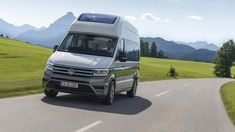 Volkswagen adds size and smarts with new California XXL camper van concept Volkswagen, Electric Van, Travel Camper, Fun Travel, Rv Financing, Vw Crafter, Life Hacks, Chevy Muscle Cars, Best Classic Cars