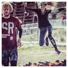 JUMP INTO THE WEEKEND with @evantures_ . Vorige week zaterdag sprong ze over vuur tijdens de @spartanracenl met @reeboknl.  Wat staat er voor jou op de planning vandaag? Is het vuur? Is het water? Groen gras of zware gewichten? Reageer hieronder met de emoji die dat beschrijft en laat het weten. De mijne:  mijn favo sport!  #emojiparty . . .  #love2workout voor een repost! . . . #lovetoworkout #spartanrace #reebokwomen #spartanlife #obstaclecourse #obc #spartan #sportmotivation…