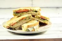 Pesto Grilled Chicken Sandwich on MyRecipeMagic.com So Delicious!
