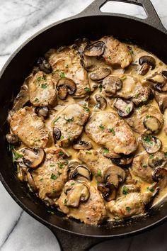 Garlic Mushroom Sauce, Pork Mushroom, Creamy Garlic Mushrooms, Creamy Mushroom Sauce, Pork Medallions, Entree Recipes, Cooking Recipes, Easy Pork Recipes, Recipes