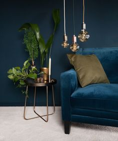 Nice blue fauteuil, with cool lamps and nice deco Living Room Green, Interior Design Living Room, Living Room Designs, Living Room Decor, Bedroom Decor, Lounge Decor, My New Room, Room Inspiration, House Design