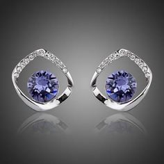 Cheap austrian crystal stud earrings, Buy Quality crystal stud earrings directly from China stud earrings Suppliers: AZORA Noble White Gold Color Blue Stellux Austrian Crystal Stud Earrings Beautiful Gifts, Beautiful Outfits, All About Fashion, Passion For Fashion, Fashion Accessories, Fashion Jewelry, Trendy Fashion, Womens Fashion, Color Azul