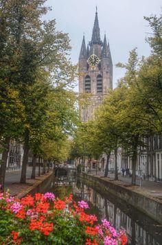 Clock tower ~Delft (Zuid-Holland)