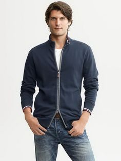 Banana-Republic-Winter-2013-Bold-Blues-Collection-for-Men_09