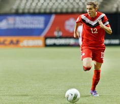 Christine Sinclair leads Canadian women's soccer team to victory over South Africa with two goals Canada Soccer, Sports Pictures, Sports Stars, Best Player, Olympians, American Football, Sports News, Fitspiration, Victorious