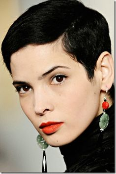 """thirty Short Pixie Hairstyles 2013 – 2014 Great and Desirable Pixie Cut with Side-swept Bangs"""" Short Sassy Hair, Cute Hairstyles For Short Hair, Girl Short Hair, Short Pixie, Pixie Hairstyles, Short Hair Cuts, Curly Hair Styles, Pixie Cuts, Pixie Haircuts"""