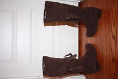 Women's Me Too Sidner Boots - Brown Suede - Size 8.5 - EUC! #MeToo #MidCalfBoots
