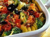 Zapečené zemiaky s brokolicou