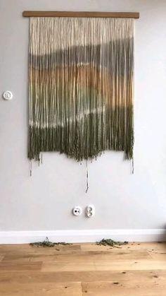 Macrame Wall Hanging Patterns, Weaving Wall Hanging, Wall Hanging Crafts, Hanging Fabric, Large Macrame Wall Hanging, Wall Hangings, Yarn Wall Art, Diy Wall Art, Creative Wall Decor