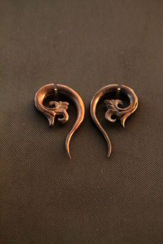 Wooden Tribal Earrings Fake Gauge Wood Earring w Ethnic Carving Fake Piercing Design #etsy #jewelry #tribal #bonecarving #horncarving #woodcarving