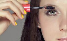 8 dicas de maquiagem perfeitas para quem usa óculos de grau - Beleza - CAPRICHO