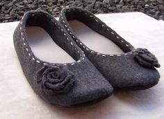 PDF Sewing Patterns - Learn How to Make Your Own Soft Soled Outdoor Shoes for your Wedding or Casual Footwear. $15.00, via Etsy. -- she's also got a baby shoes page with ADORABLE patterns