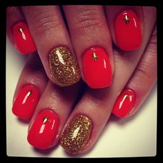 .if i had long nails id do this for Christmas