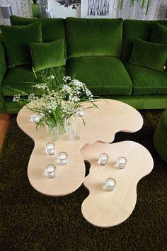 Alvar Aalto-vase shaped tables by Erik Mäki, www.var-dags-rum.se
