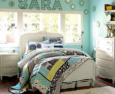 Cute bedroom design want it soooo bad love love love it!