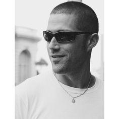 """""""I didn't like the instagram update for iPhone. everything is white, hahahah. how about you? #matthewfox"""" Matthew Fox, Mens Sunglasses, Iphone, Instagram Posts, Men's Sunglasses"""