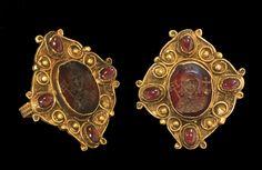 Byzantine Gold Figural Intaglio Ring, 6th-8th century.