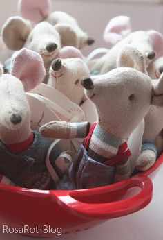 a bowl of adorable burlap christmas mice