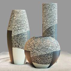 Fantastic Glass Vases Plant Ideas 4 Awesome Cool Tips: Big Vases Decoration concrete vases tins.Pink Vases With Flowers vases ideas garden. Big Vases, Gold Vases, White Vases, Pottery Painting, Pottery Vase, Painting Walls, Ceramic Pottery, Ceramic Art, Vase Design